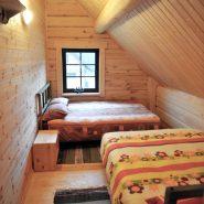 Bedroom 2f.